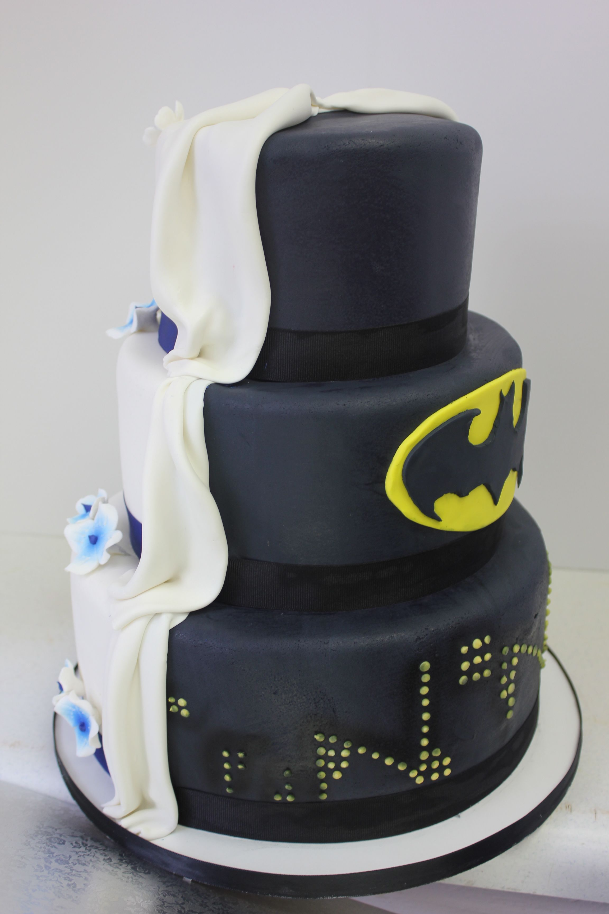 His And Hers Wedding Cake Xtra Special Cakes